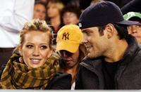 ¡A Hilary Duff le estropean su boda secreta!
