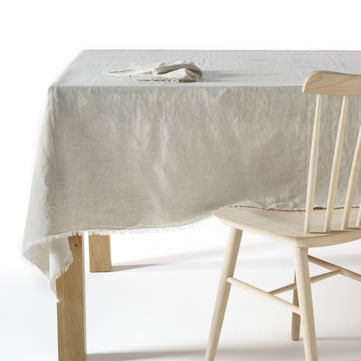 Mantel de lino lavado, Yastigi