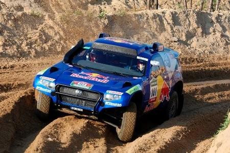 Carlos Sainz vence en el Rally Ruta de la Seda