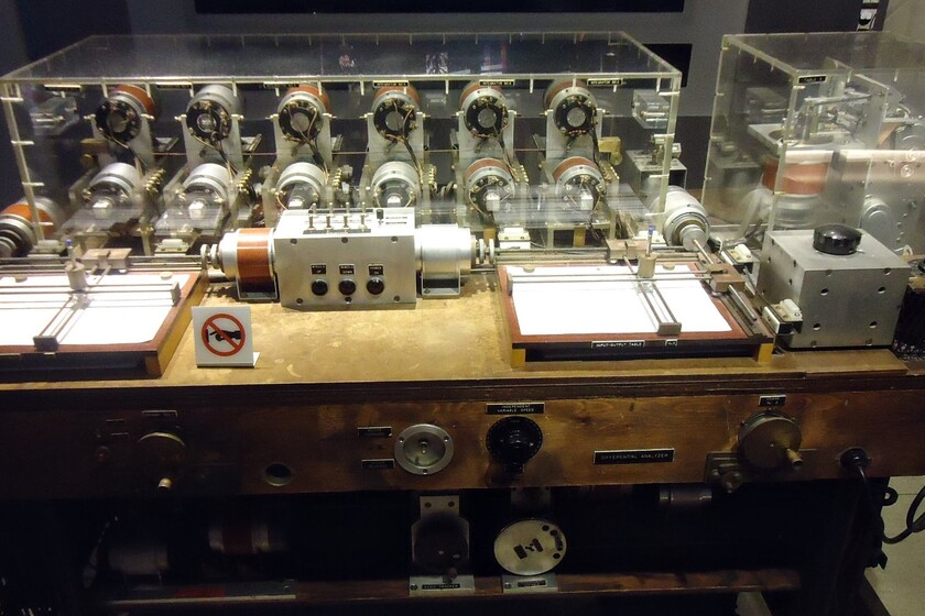 """""""Cuidado con lo que calcules, te puede dar un electroshock"""": la historia del analizador diferencial """"low-cost"""" de..."""
