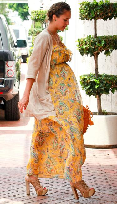 ¿Cómo vestir cuando estás embarazada?
