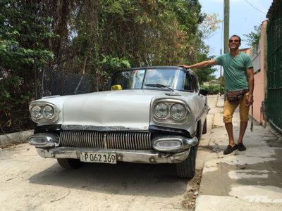 Así es la vida de Rocney, un conductor de almendrón de La Habana