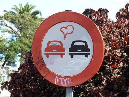 ¿Cuál es la norma de tráfico más absurda?, la pregunta de la semana