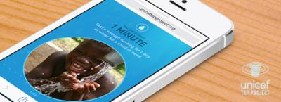 Unicef lanza una campaña en la que darán agua a cambio de dejar de lado el móvil