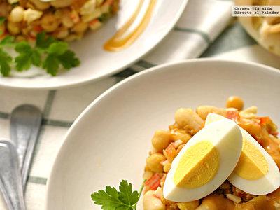Salpicón de legumbres con palitos de cangrejo. Receta fácil y rápida