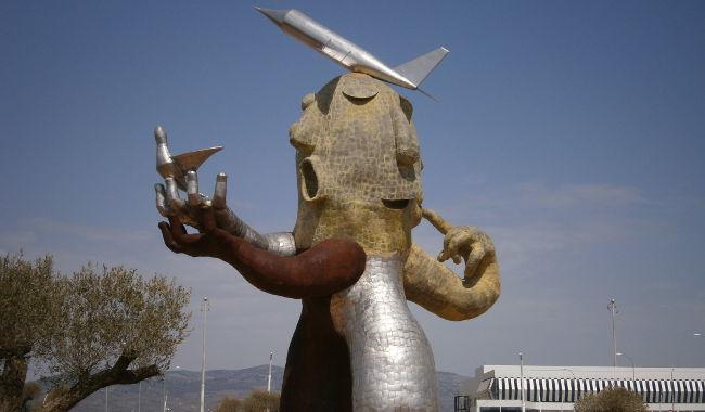 El hombre del avión - Aeropuerto de Castellón
