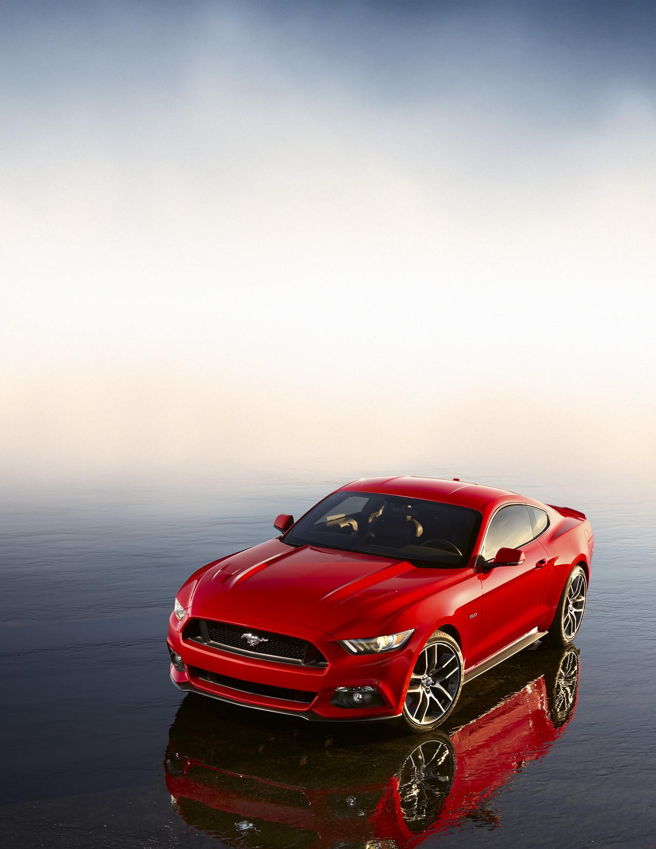 Foto de Ford Mustang 2014 (14/15)