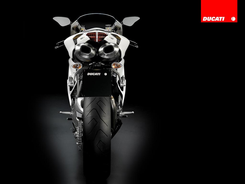 Foto de Ducati 848 (7/18)