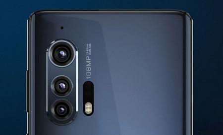 Motorola Edge Plus 04
