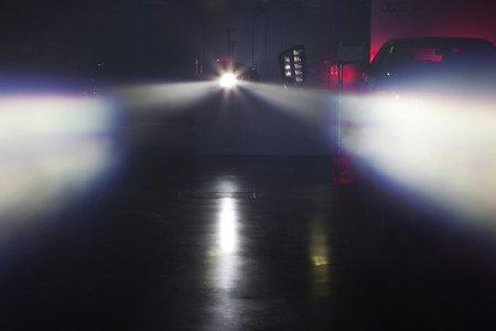 Tras las luces led, el rayo láser de Audi