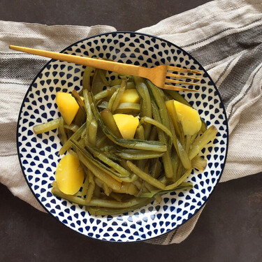 Redescubriendo la borraja en plena temporada: propiedades de la verdura, cómo usarla en la cocina y recetas para sacarle partido
