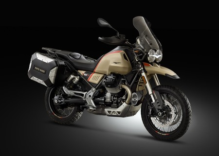 La Moto Guzzi V85 TT Travel cuesta 12.340 euros y permite recorrer 400 km sin parar
