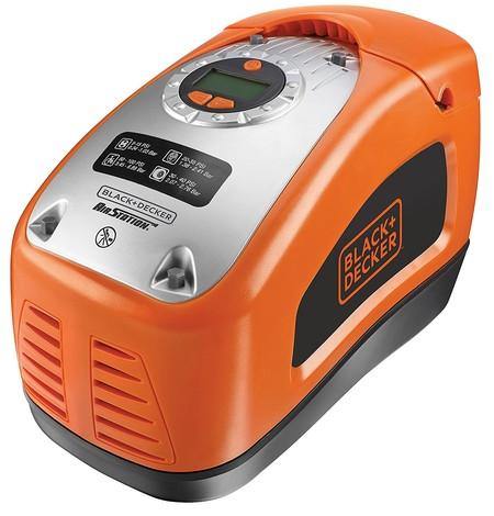 Oferta flash en Amazon: el compresor Black and Decker ASI300-QS cuesta 56,99 euros hasta las 18:00 horas