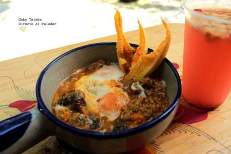 Huevos En Nido De Flor Agtc