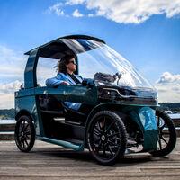 """CityQ es una """"bicicleta eléctrica"""" con truco: tiene cuatro ruedas y su diseño está a caballo entre bicicleta y coche"""