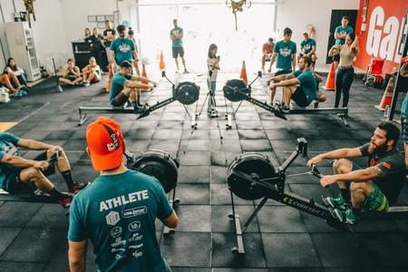 De vuelta al box de CrossFit: cómo entrenar en los primeros días del desconfinamiento para evitar dolores y lesiones
