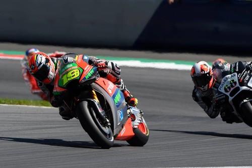 Tres pilotos para sólo dos motos libres, ¿quién quedará fuera de MotoGP 2017?