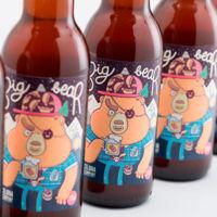 Es tiempo de cerveza bien fresquita: ¿te apetece tomarte una con Frank, el Big Bear?