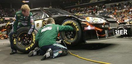 NASCAR Pit Crew Challenge. Un trofeo para los que están en el muro