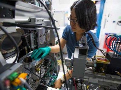 La IA ya permite encontrar nuevos materiales cientos de veces más rápido que antes
