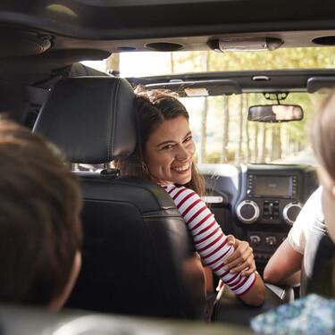¿A partir de qué estatura puede ir un niño en el asiento delantero del coche?