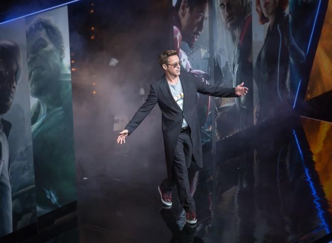 Robert Downey Jr. en la premiere de Vengadores 2