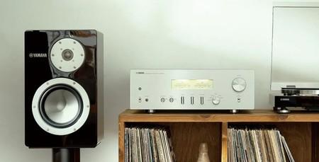 Yamaha amplía su catálogo de altavoces HiFi con el NS-3000, un monitor de estantería con woofer de 6,5 pulgadas
