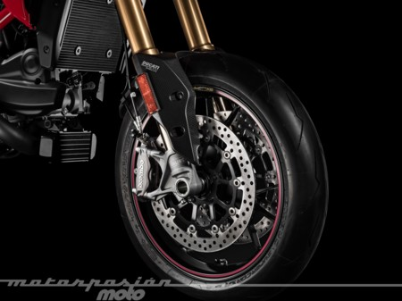 Ducati Hypermotard Sp 939 006