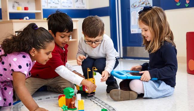 Coding LEGO kids