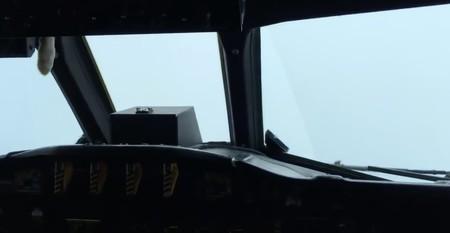 ¿Cómo es volar a través de la furia del huracán Matthew?