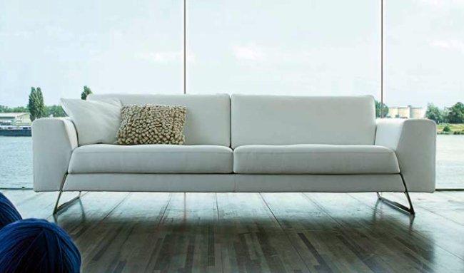 Pon un sof de piel blanco en tu vida - Sofas modernos de piel ...