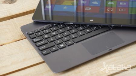 ASUS Vivo Tab RT con teclado desmontado