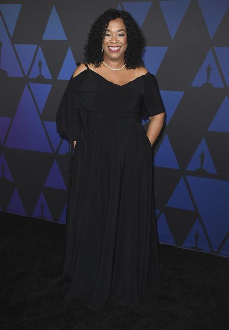 Shonda Rhimes premios gobernador