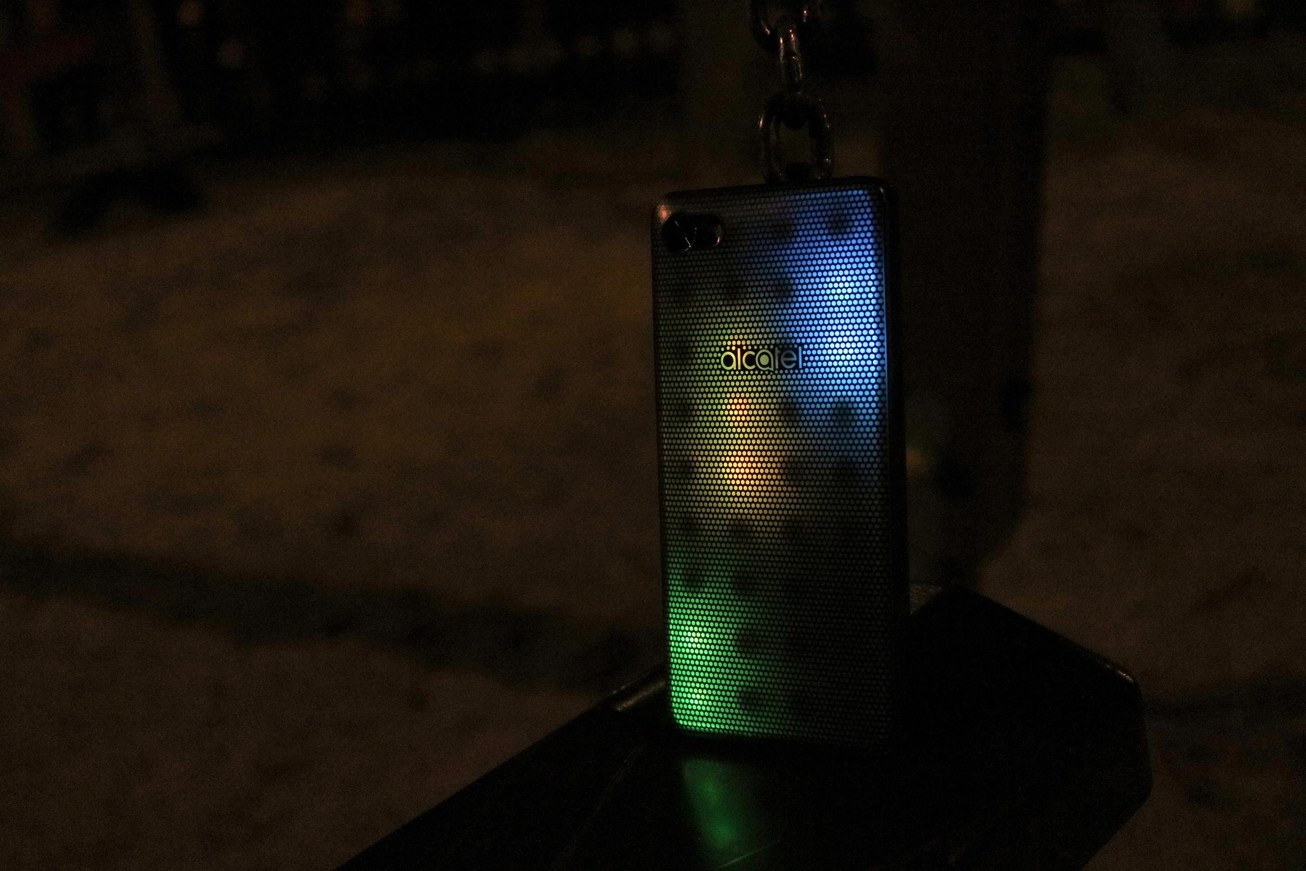 Foto de Diseño Alcatel A5 LED (12/53)