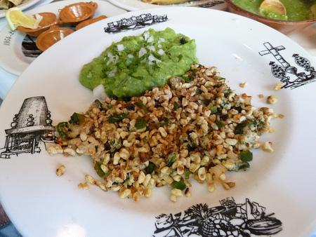 Qué comer en México: escamoles