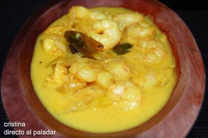Gambas al curry en leche de coco