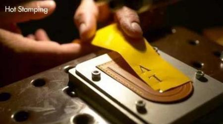 Personalización de etiqueta Louis Vuitton