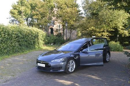 Coche Funebre Tesla Model S