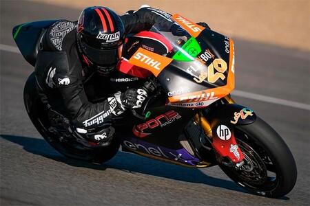Jordi Torres se estrena en MotoE y queda a un paso de ser el primer rey español de las motos eléctricas