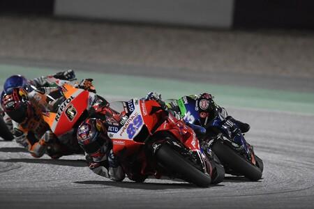 ¡Pura adrenalina! Jorge Martín pasó de 14º a 4º en la salida de su primera carrera en MotoGP