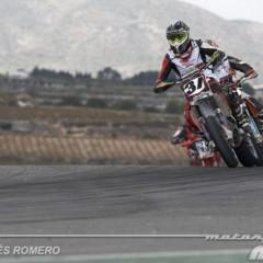 Foto 22 de 63 de la galería albaida-despide-el-campeonato-de-espana-de-supermotard-2011 en Motorpasion Moto