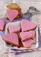 Cómo hacer galletas fáciles decoradas con fondant. Receta de San Valentín