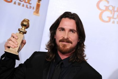 globos-oro-2011-christian-bale-fighter