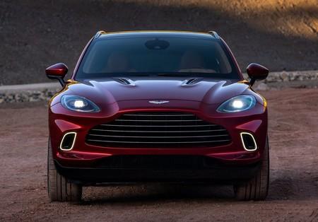 Aston Martin Dbx 2021 1280 12