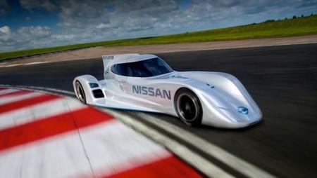 Así es el Nissan ZEOD RC por dentro