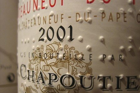 Bodegas Valdelana lanza sus vinos con etiquetas en braille