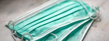 Mascarillas dobles, nudos en las gomas y bragas de nylon: estas son las recomendaciones del CDC para ponerse mejor la mascarilla y aumentar su efectividad en un 90%