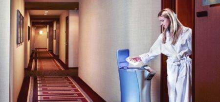 El futuro del servicio de habitaciones de los hoteles: comida servida por robots