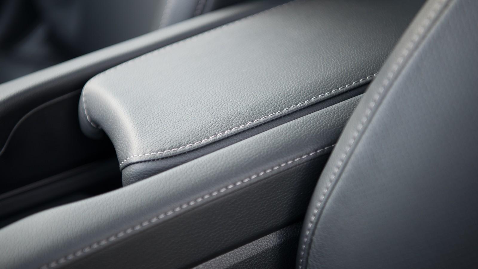 Foto de Honda Civic 4 puertas (11/37)