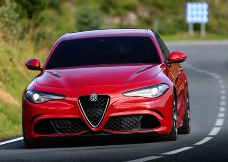"""""""No copiamos a BMW, nos inspiramos en el 156"""", dice el diseñador del Giulia"""